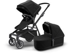 Детская коляска с люлькой Thule Sleek (Black on Black) 280x210 - Фото