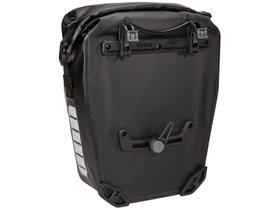 Велосипедная сумка Thule Shield Pannier 17L (Black) 280x210 - Фото 7