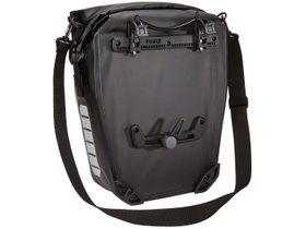 Велосипедная сумка Thule Shield Pannier 17L (Black) 280x210 - Фото 8